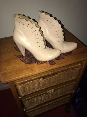 Stunning shoe boot for Sale in Indianapolis, IN