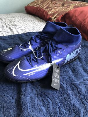 Mens Nike Mercurial Superfly 7 Academy Shoes for Sale in San Diego, CA