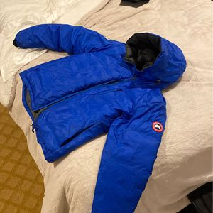 Blue Canada Goose Unlimited Edition for Sale in Germantown, MD