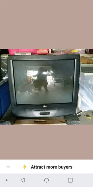 Free: older box tv for Sale in Fulton, MO
