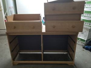 Free dresser for Sale in Phoenix, AZ