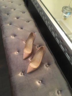 Nude patent leather Pigalle 120mm for Sale in College Park,  GA