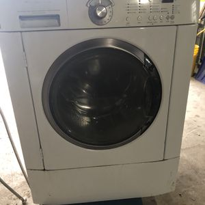 Washer for Sale in Cicero, IL