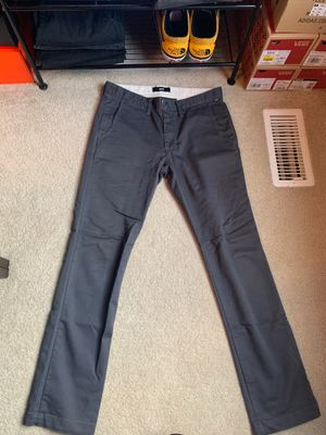 Vans chino size 31x32 for Sale in Pickerington, OH