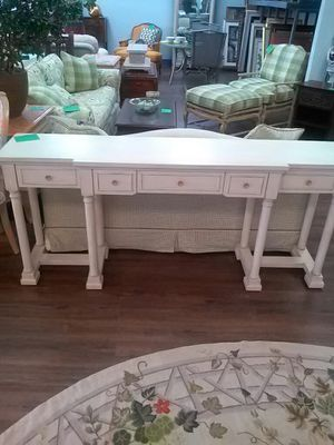 SIX FOOT LONG CONSOLE TABLE for Sale in West Palm Beach, FL