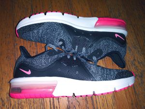 Running Shoes Nike Air Max (GS) 922885-001 Girl's Tween 5.5 for Sale in Cleveland, TN