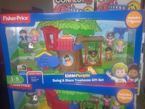 Little people swing & share tree house gift set for Sale in Scottdale, GA