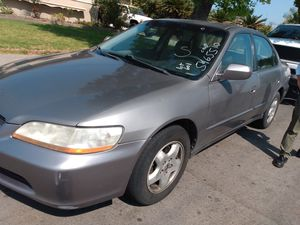 Honda Accord 2000 for Sale in Garden Grove, CA