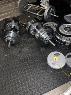 Pesas, weights, gym equipment, dumbbells for Sale in Dallas, TX