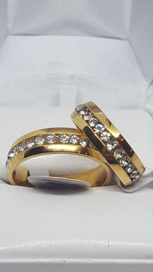 NWT. Sizes 7 and 10 available. Never tarnish gold wedding rings for Sale in St. Louis, MO