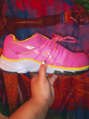 Pink and yellow Reeboks size 8 for Sale in Franklinton, NC