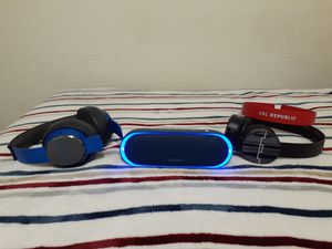 Sony xb20 for Sale in Los Angeles, CA