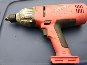 Milwaukee 18v 3/4 drive impact gun for Sale in Cleveland, OH