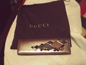 Like new Gucci evening clutch with dust bag for Sale in Durham, NC