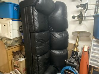 Leather Sofa for Sale in Peoria,  AZ