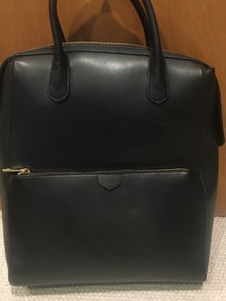 Black Purse/Backpack for Sale in Everett,  WA