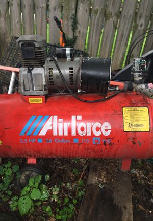 Air gorse 2.5 horse 26 gallon 115 volt air compressor for Sale in Columbus, OH