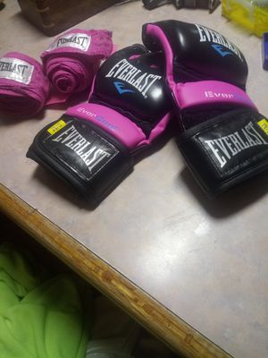 Everlast gloves with hand wraps for Sale in Phoenix, AZ