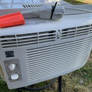 Kenmore Window Air Conditioner for Sale in Chantilly, VA