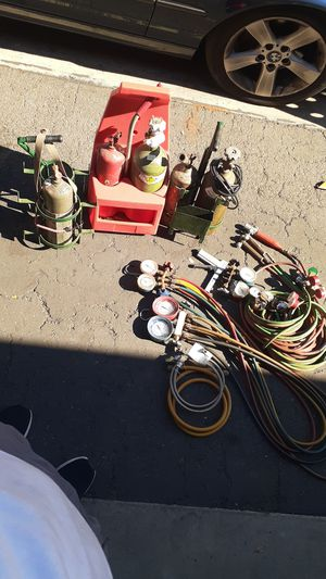 Oxygen and setylene tanks and Freon gauges, yellow jackets for Sale in Fullerton, CA