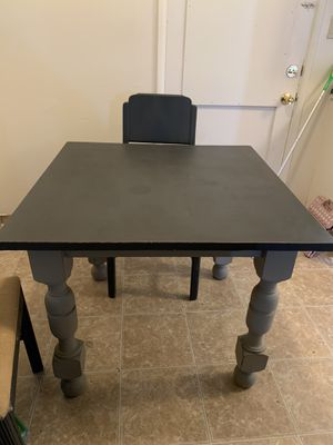Table and Chairs set for Sale in Fresno, CA
