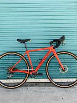 🔥 2019 Cannondale SuperX Carbon Fiber Gravel Road Bike for Sale in Los Angeles,  CA