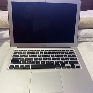Apple laptop for Sale in Miami, FL