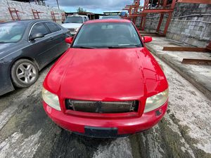 Audi A4 2004 only parts transmission good for Sale in Miami Gardens, FL