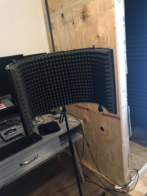 Isolation microphone shield for Sale in Conroe, TX