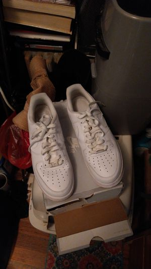 Nike air Force 107 flight size 8.5 in good condition or by four or five times still a new condition no shipping for Sale in Lock Haven, PA