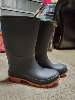 Sz 1 rain boots for Sale in San Diego, CA