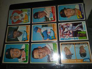 MLB Topps Baseball Cards MAKE OFFER VINTAGE TOPPS for Sale in Allentown, PA