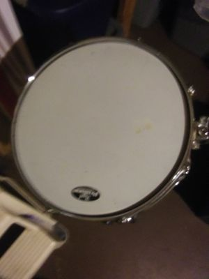 PEARL SNARE AND STAND for Sale in Kalamazoo, MI