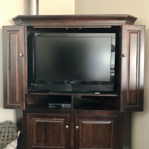 TV Armoire for Sale in Rustburg, VA