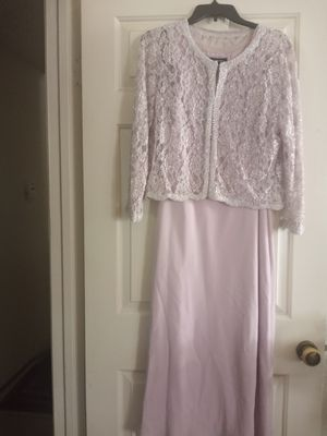 Beautiful wedding dress size 12 for Sale in Brentwood, CA