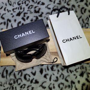 Authentic Chanel Sunglasses for Sale in Costa Mesa, CA