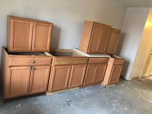 Cabinets for Sale in Detroit, MI