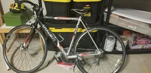 2005 trek 1200 road bike for Sale in Georgetown, TX