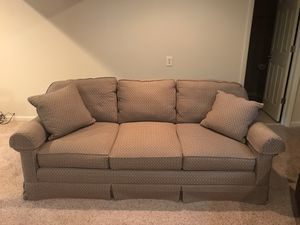 Couch for Sale in Pittsburgh, PA