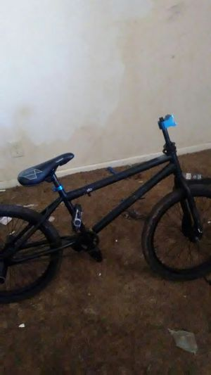 BMX bike parts, mountain bike, xbox with flat screen, collection of bats machete nd outdoors for Sale in Abilene, TX