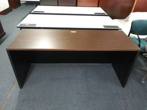 $100 Used OFFICE DESK 66 X 24 for Sale in Houston, TX