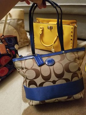 Authentic Michael Kors and coach bags for Sale in Woodbridge, VA