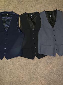 H&m Men Vest Size 42r for Sale in Torrance,  CA