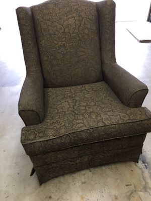 Swivel Chair for Sale in Glendora, CA