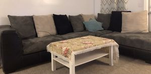 Sofa+ Coffee table for Sale in Mount Pleasant, MI