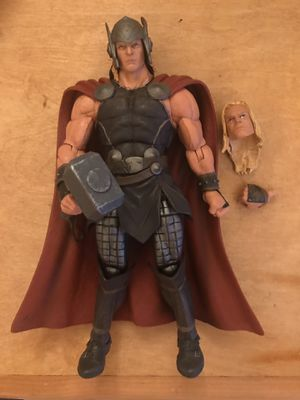 Marvel Select Disney Store Exclusive Thor for Sale in Los Angeles, CA