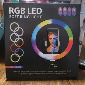 "10"" RGB LED Soft Ring For Selfies Or Live Video Comes With Tall Stand . RGB LED Soft Ring 10 ""para selfies o video viene con soporte alto,.. for Sale in Los Angeles, CA"