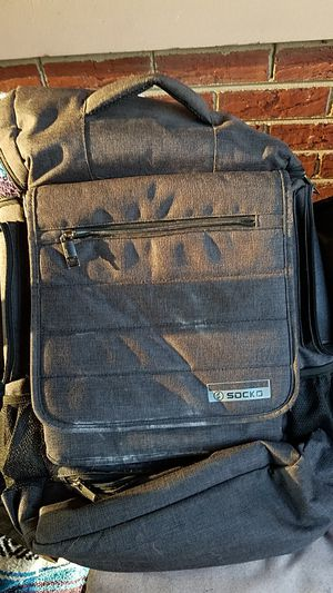 Laptop backpack for Sale in Bensenville, IL