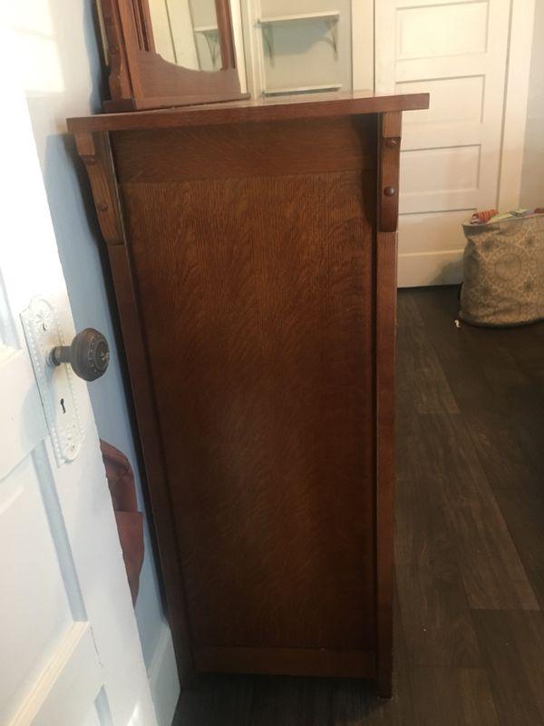 Basset Furniture Hardwood Dresser