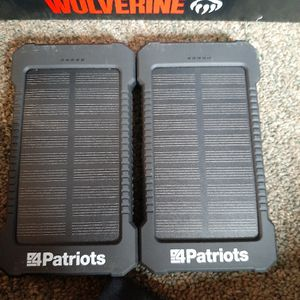 Solor Chargers for Sale in Columbus, OH